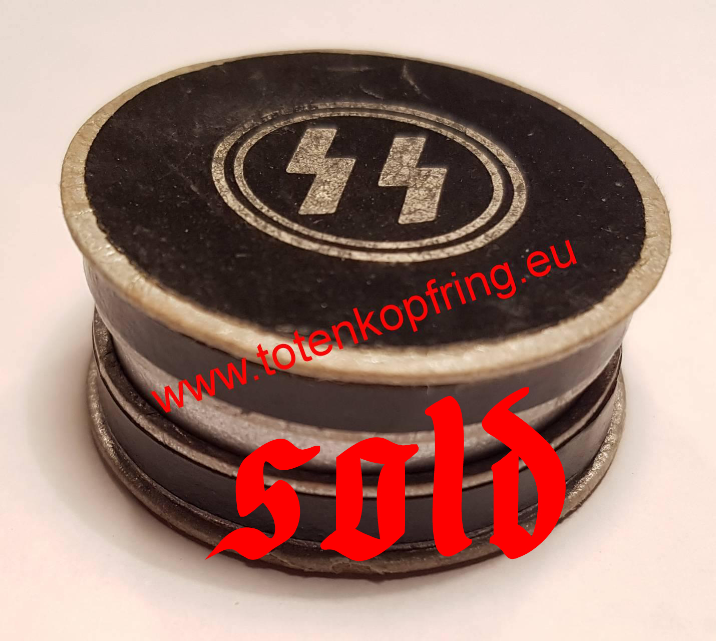 Box for SS-Totenkopfring